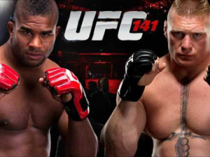 Overeem and Lesnar in UFC 141 (Photo by the UFC)