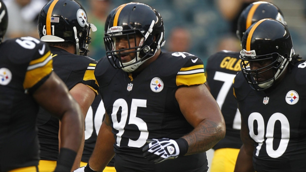 Pittsburgh Steelers Defensive Tackle Alameda Ta'amu works out with his teammates during a preseason game against the Philadelphia Eagles