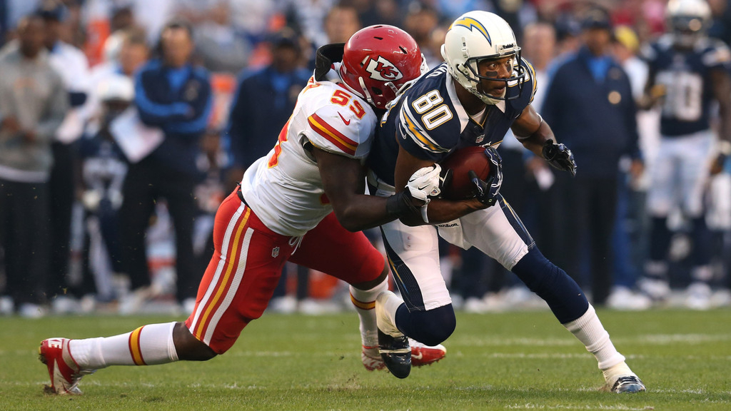 Former Kansas City Chiefs linebacker Jovan Belcher tackles Malcolm Floyd against San Diego Chargers