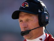 Arizona Cardinals head coach Ken Whisenhunt looks on against the San Francisco 49ers