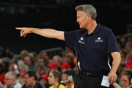Report: 76ers to hire Spurs assistant Brett Brown as head coach