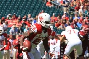 Cougars running back Ryan Jackson