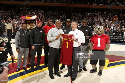 Cleveland Cavaliers honor Meyer, Buckeyes National Championshipteam