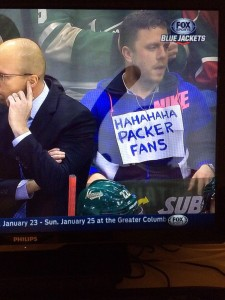 Fan trolling the Green Bay Packers (Photo from Twitter)