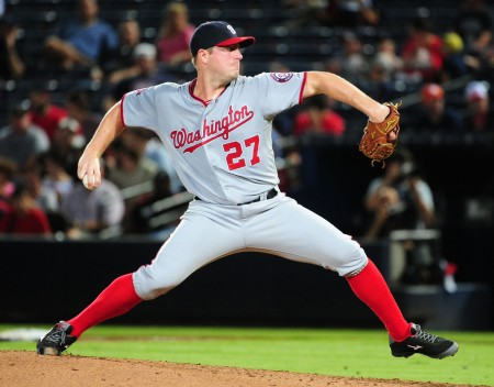 Jordan Zimmerman pitches against the Atlanta Braves