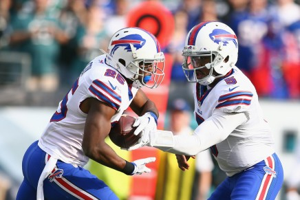 Philadelphia D.A. meets with LeSean McCoy, attorney