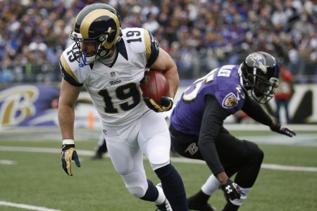 Tray Walker trying to defend St. Louis Rams wide receiver Wes Welker (Getty Images)