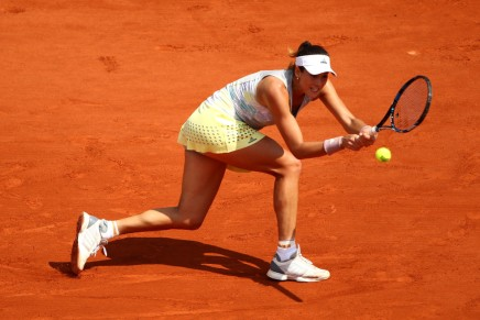Muguruza upsets Williams to win the French Open