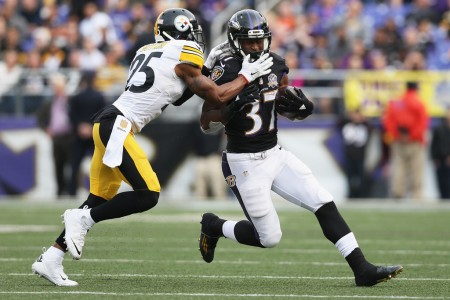 Brandon Boykin defends Baltimore Ravens' Javorius Allen (Getty Images)