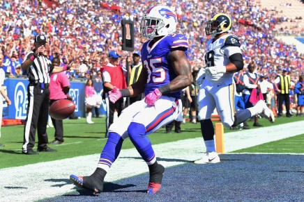 Simulation: Bills use two rushing TD's to beat the 49ers