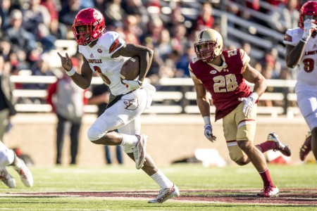 Lamar Jackson running past the Boston College defense (Getty Images)