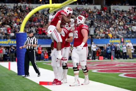 Wisconsin gives Western Michigan their first loss in the Cotton BowlClassic