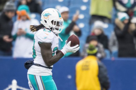 Looking back: Ajayi goes for 204, Dolphins beat the Steelers