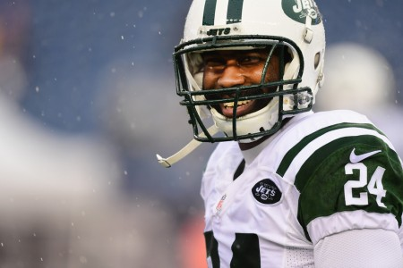 Darrelle Revis smiling in the snow (Getty Images)