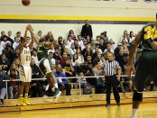 Eric Murdock Jr. made a late three-pointer (Photo by the TCNJ Sports Information Department)