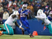 Buffalo Bills running back LeSean McCoy runs the ball against the Miami Dolphins
