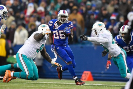 Rosenhaus: McCoy won't be released or traded