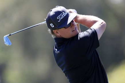 Hoffman leads the Arnold Palmer Invitational onFriday