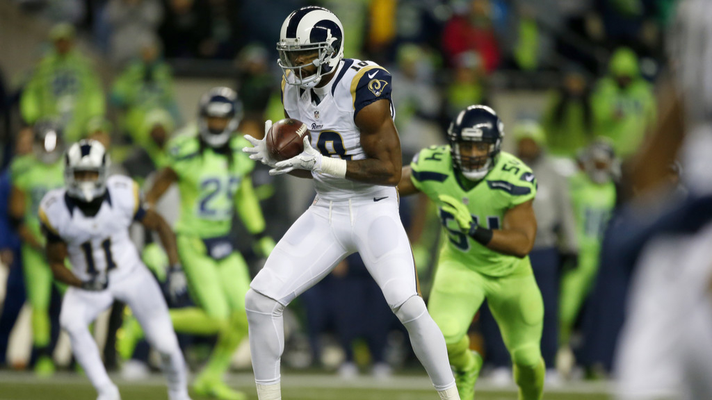 Former Los Angeles Rams wide receiver Kenny Britt brings a catch against the Seattle Seahawks