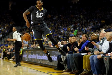 Report: Iguodala expected to re-sign withGSW