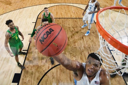 Tar Heels escape with a narrow win over theDucks