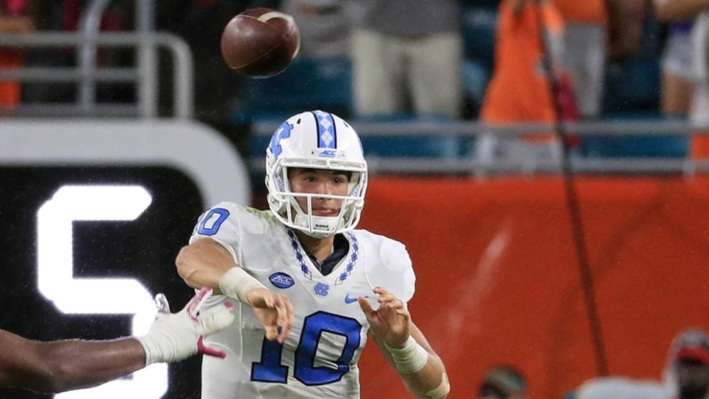 Former North Carolina Tar Heels quarterback Mitch Trubisky attempts a pass against the Miami (Florida) Hurricanes