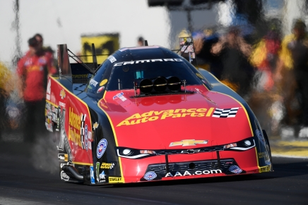 Force leads the Etown Funny Car field