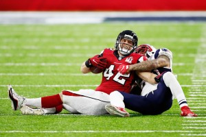 New England Patriots defensive back Patrick Chung tackles Patrick DiMarco in Super Bowl 51 (Getty Images)