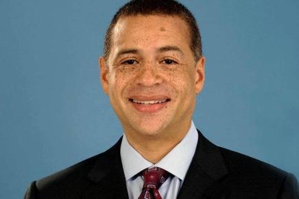 Knicks hire Perry asGM