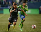 Lamar Neagle chasing a Los Angeles Galaxy player for the ball (Getty Images)