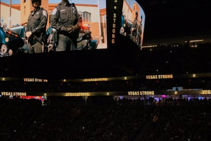 Golden Knights honor #VegasStrong
