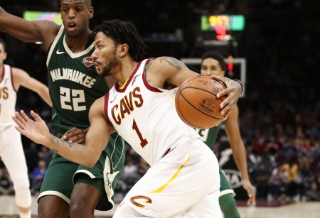 Cleveland Cavaliers point guard Derrick Rose going to the basket (Getty Images)