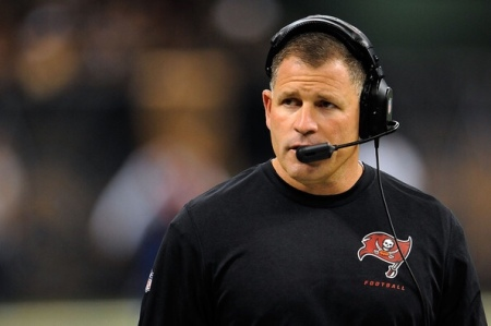 Greg Schiano, seen here as the Tampa Bay Buccaneers, will be the next Tennessee Volunteers head coach (Getty Images)