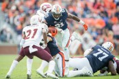 Auburn Tigers running back Kerryon Johnson rushing against the Warhawks (Getty Images)