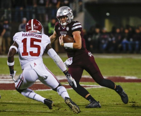 Mississippi State Bulldogs quarterback Nick Fitzgerald rushing against the Alabama Crimson Tide (Getty Images)