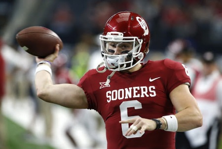Oklahoma Sooners quarterback Baker Mayfield warming up before the Big 12 Conference Championship game (Getty Images)