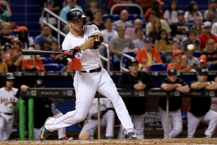 Stanton blocks trade to Giants