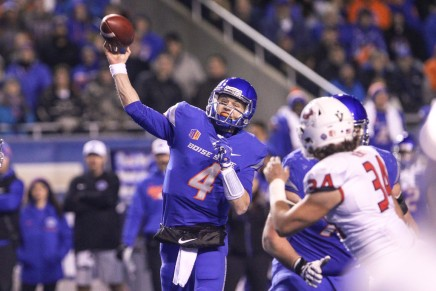 Rypien leads Broncos past No. 25 Bulldogs