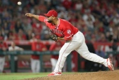 Former Los Angeles Angels pitcher Yusmeiro Petit making a pitch (Getty Images)