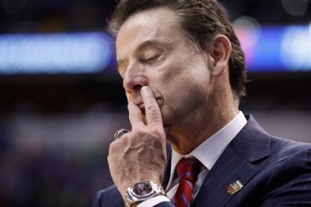 Louisville sues former coachPitino