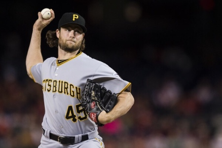 Pittsburgh Pirates pitcher Gerrit Cole pitching (Getty Images)