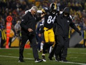 Pittsburgh Steelers wide receiver Antonio Brown being helped off the field against the New England Patriots (Getty Images)