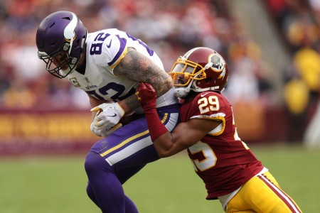 Kendall Fuller is seen here with the Washington Redskins, as he makes a tackle against Minnesota Vikings tight end Kyle Rudolph (Getty Images)