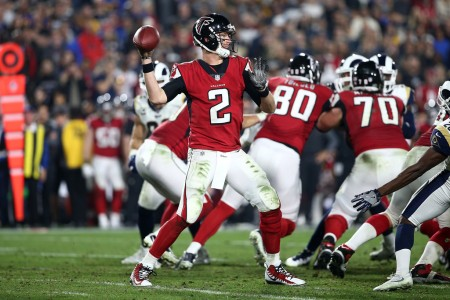 Atlanta Falcons quarterback Matt Ryan throwing a pass against the Los Angeles Rams in the NFC Wild Card game on January 6th, 2018 (Getty Images)