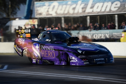 Beckman leads the provisional Funny Car field in Arizona