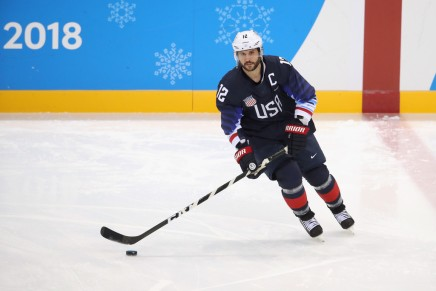Bruins sign Gionta to one-year deal
