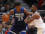 Minnesota Timberwolves shooting guard Jimmy Butler is seen here attempting to post up Chicago Bulls defender David Nwaba (Getty Images)