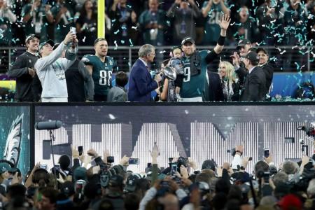 Super Bowl MVP Nick Foles and the Super Bowl-winning Philadelphia Eagles (Getty Images)