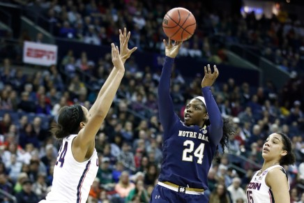 Ogunbowale's game-winner sinks Huskies