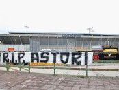 A banner at the stadium after Davide Astori's death prior to the match between Benevento Calcio and Hellas Verona FC at Stadio Ciro Vigorito in Benevento, Italy (Getty Images)